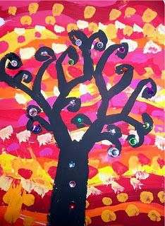 This shows the entire process to make this art project. mrspicasso's art room: Sparkly Trees- Adapted for Classroom Use Kindergarten Art Lessons, Art Lessons Elementary, 2nd Grade Art, Second Grade, Grade 2, Sixth Grade, Reggio, Fall Art Projects, Class Projects