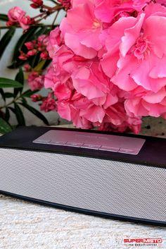 Cauti o boxa portabila pentru zilele la mare? Aceasta poate fi perfecta! #boxa #portabila #bluetooth #speaker Bluetooth, Marie, Boxing