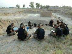 Pakistan army ..... reciting Quran pak