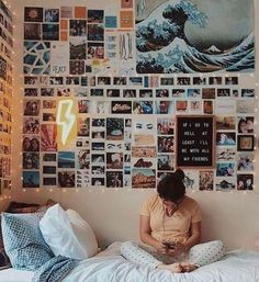 80 ideas for dorm decorations 52 # room + deco 80 dorm room inspiration deco . 80 ideas for dorm decorations 52 # room + decor 80 dorm room inspiration decor concepts 52 80 dorm room inspiration decor ideas Diy Home Decor Bedroom, Room Ideas Bedroom, Bedroom Storage, Bedroom Inspo, Decor Room, Diy Room Decor Tumblr, Bedroom Wall Pictures, Dorm Room Decorations, Tumblr Rooms