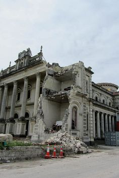Earthquakes~ by Jocelyn Kinghorn, via Flickr  Catholic Cathedral of the Blessed Sacrament, Christchurch, New Zealand.    Hopes are high that one of New Zealand's best-known and sacred buildings can be restored, and perhaps even improved, after being badly damaged in the Christchurch earthquakes. New Zealand Earthquake, Earthquake And Tsunami, Christchurch New Zealand, Modern Properties, 2nd City, Central Business District, New Zealand Travel, South Island
