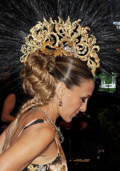 headdresses | Sarah Jessica Parker Met Ball 2013 red carpet | Met Gala 2013: Bizarre ...