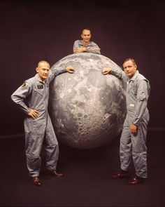 Apollo 11 Lunar module pilot Buzz Aldrin, Command pilot Michael Collins and Mission commander Neil Armstrong Moon Missions, Apollo Missions, Nasa Missions, Michael Collins, Neil Armstrong, Cosmos, Sistema Solar, Apollo 11 Landing, Apollo Space Program
