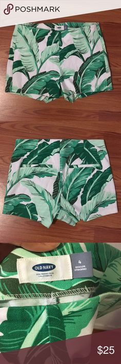 Tropical high waisted shorts Vibrant high waisted shorts with a tropical palm tree print. In excellent condition! Super cute and stretchy. Great quality material! Side zipper. More pictures upon request Old Navy Shorts