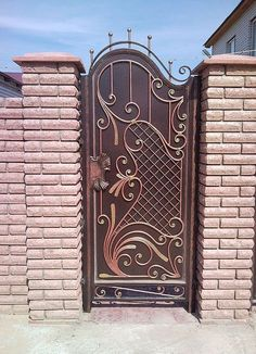 Grill Gate Design, Steel Gate Design, Front Gate Design, Window Grill Design, House Gate Design, Door Gate Design, House Front Design, Wrought Iron Decor, Wrought Iron Gates