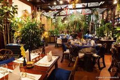 See related links to what you are looking for. Restaurant Lounge, Thai Restaurant, Restaurant Door, Restaurant Ideas, Best Restaurants In Paris, French Restaurants, Bon Plan Paris, Resto Paris, Travel