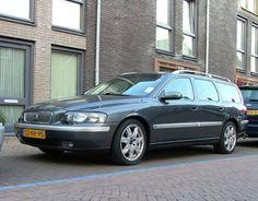 Volvo V70 2.5T Titanium (2004)
