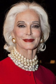 World's oldest supermodel Carmen dell Orefice, 81, takes to the catwalk twice in one day at New York Fashion Week #agelessbeauty http://ncnskincare.com/
