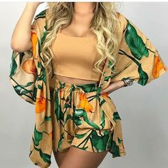 Look Look tropical Cute Comfy Outfits, Cool Outfits, Casual Outfits, Look Con Short, Curvy Outfits, Casual Looks, Spring Outfits, Fashion Models, Fashion Dresses