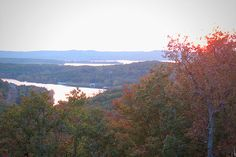 When you think of Branson, Missouri natural beauty isn't the first thing that comes to mind, but there's a reason this Ozarks tourist magnet attracted travelers in the first place. For nature lovers in the Branson area, there is the Blue Buck Knob Scenic Byway, the Glade Top Trail, and the Sugar Camp Scenic Byway. Do some aerial leaf-peeping in the Branson Balloon, or from street level via the Branson Scenic Railway, and there are even foliage cruises on Lake Taneycomo. Source: CNBC