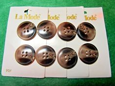 """(8) 7/8"""" LaMODE BROWN TONES PLASTIC 4-HOLE JACKET BUTTONS 4-CARD LOT(N913)"""