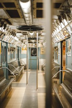 5 Astonishing Vintage Models Inside Train With No People Train Pictures, Free Pictures, Free Images, Pink Tumblr Aesthetic, City Aesthetic, Film Photography, Street Photography, Documentary Photography, Drawing Scenery