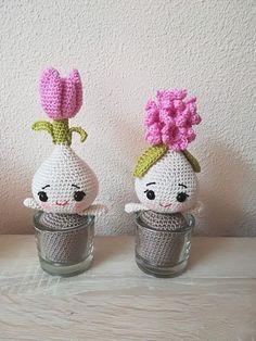 Crochet Toy pattern Amigurumi Plant Narcissus Bulb Doll with Crochet Dolls Free Patterns, Crochet Doll Pattern, Amigurumi Patterns, Crochet Teddy, Cute Crochet, Crochet Yarn, Crochet Cactus, Crochet Flowers, Crochet Basics