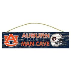 Fan Creations NCAA Distressed Man Cave Graphic Art Plaque NCAA Team: University of Florida, Size: Small