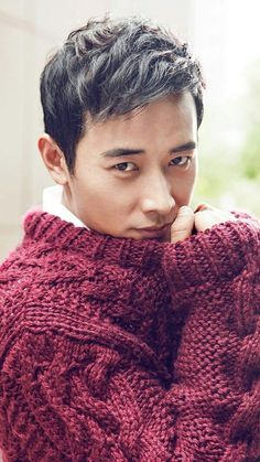 It's pretty obvious - I love knitwear! Asian Actors, Korean Actors, Korean Dramas, Tiffany Tang Luo Jin, Chunky Knitwear, Men's Knitwear, Gorgeous Men, Beautiful People, Princess Weiyoung