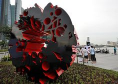 YOG Sculptures at Marina Bay Promenade by Singapore 2010 Youth Olympic Games, via Flickr