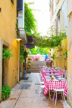 Dining in Verona Italy #travel #italy #traveltuesday