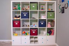 Colorful Disney and Toy Story Inspired Nursery - IKEA Expedit Bookshelf - shopping lists and DIY tut Ikea Expedit, Ikea Shelves, Shelves In Bedroom, White Shelves, Toy Story Nursery, Toy Story Room, Ikea Nursery, Nursery Room, Cowboy Room
