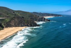 Grey Whale Cove Beach- Things to do in San Francisco Weekend In San Francisco, San Francisco Travel Guide, Half Moon Bay California, California Travel, Golden Gate Park, Unusual Things, Future Travel, Yosemite National Park, Bay Area
