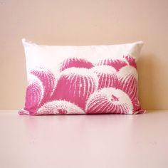 Cacti Pillow ==