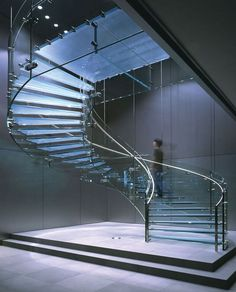 Glass staircase - Apple