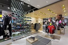 Sports Store | Retail Design | Shop Interior | Sports Display | The Locker Room by Foot Locker store by Dalziel and Pow, UK store design