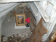 Hidden chamber within the Ancient Ram Inn
