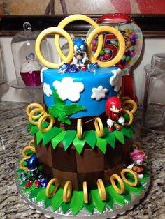 Made this Sonic the hedgehog cake for my son..