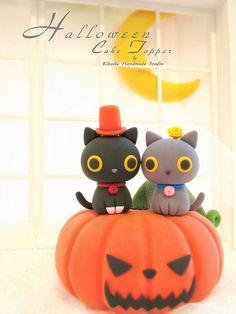 Halloween cake topper limited edition by charles fukuyama, via Flickr