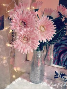 DIY Dorm Room Decor  Glitter Jar Flower Holder! Buy yourself some fake flowers, or real ones, and spice the place up :) Cute!