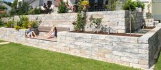 Most current Free of Charge front yard herb garden Suggestions Herbs may be easily produced in the house provided that you always get going off the ideal way. Herb Garden Design, Terrace Garden, Front Yard Landscaping, Amazing Gardens, Land Scape, Garden Inspiration, Outdoor Gardens, Patio Stone, Flagstone Patio