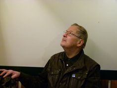 """Juhani Kari, eläkeläinen Vaasa.  Vaasan kauppahallin """"Ryytivakan"""" toinen omistajista;  humanisti, lämminsydäminen ihminen."""