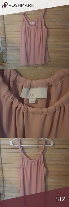 Loft sleevless top size Large like new condition. flowy and comfortable. pretty blush color. large LOFT Tops Blouses