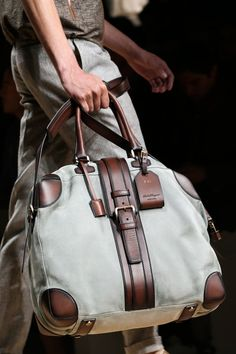 bolsos - hombre - bag - man - complementos - moda - fashion - style http://yourbagyourlife.com/ Love Your Bag.