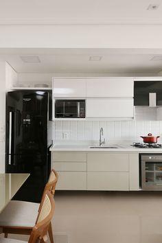 Apartamento Tatuapé - SP: Cozinhas modernas por Antonio Armando Arquitetura & Design