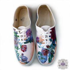 Zapatillas con diseño de rosas de ekeyart por DaWanda.com