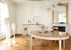 dining room, Traditional Dining Room Design Ideas With Wooden Flooring Design And Round Dining Table Design With Chandelier For Dining Room Interior Design Ideas With Dining Room Furniture Ideas And Mirror With Fireplace: Amazing Traditional Dining Room for Surprising Interior Design