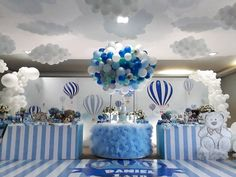 these ideas to decorate the baby shower with a bear are so pretty and cute - Salvabrani Baby Shower Decorations For Boys, Baby Decor, Baby Shower Themes, Fiesta Baby Shower, Baby Boy Shower, Balloon Decorations, Birthday Decorations, Shower Party, Baby Shower Parties