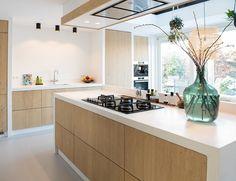 35 veces he visto estas estupendas cocinas de concreto. Kitchen Room Design, Modern Kitchen Design, Home Decor Kitchen, Interior Design Kitchen, New Kitchen, Kitchen Dining, Kitchen Cabinets, Küchen Design, House Design