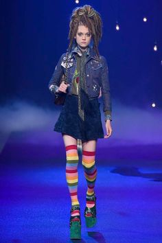 Marc Jacobs Spring 2017 Ready-to-Wear Fashion Show - Elizabeth Moore