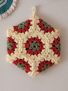 hexagon pot holder by caseyplusthree, via Flickr