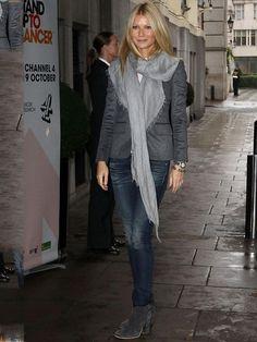 Grande Gwyneth Paltrow's style file - Abbigliamento Fashion Line, Star Fashion, Women's Fashion, Winter Mode, Gwyneth Paltrow, Casual Street Style, Ladies Dress Design, Her Style, Celebrity Style