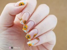 Jeea lee s nail art pusheen the cat halloween nails autumn sunflowers Fall Acrylic Nails, Acrylic Nail Designs, Nail Art Designs, Nails Design, Wedding Nails For Bride, Bride Nails, Wedding Makeup, Lee Nails, Bright Red Nails