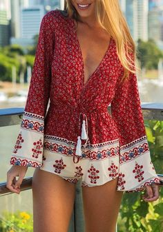 Shop Red Long Sleeve Deep V Neck Floral Playsuit online. SheIn offers Red Long Sleeve Deep V Neck Floral Playsuit & more to fit your fashionable needs. Style Année 70, Mode Style, Girl Style, Spring Summer Fashion, Spring Outfits, Style Summer, Casual Summer, Spring 2016, Celebridades Fashion