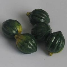 5 Piece Lot Miniature Ceramic Green Acorn Squash