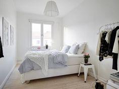 Witte inrichting in een Scandinavische slaapkamer | Slaapkamer ideeën