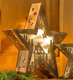 Large Lighted Wooden Star with Cabin Design, 15&quot