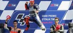 Jorge Lorenzo domina la carrera del GP de Italia de MotoGP de cabo a rabo y aprieta el Mundial