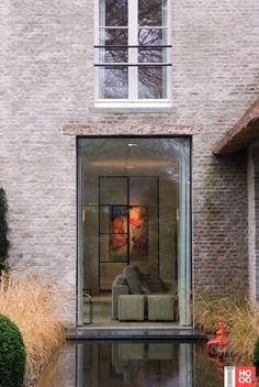 Domus Aurea exclusive villa construction – charm without capsule … – Architecture Architecture Design, Residential Architecture, Architecture Portfolio, Steel Windows, Windows And Doors, Steel Doors, Large Windows, Interior Exterior, Exterior Design