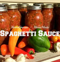 Make and Can Spaghetti Sauce! – Farm Fresh For Life – Real Food for Health & Wellness Canning Homemade Spaghetti Sauce, Spaghetti Recipes, Homemade Sauce, Marinara Sauce Recipe For Canning, Canning Vegetables, Canning Tomatoes, Tomato Canning, Canning Corn, Garden Tomatoes